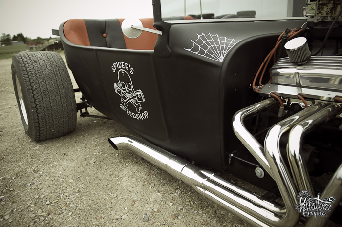 t-bucket-pinstriped-lettered-4